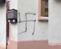 Alman faşitlerden cami derneğine saldırı