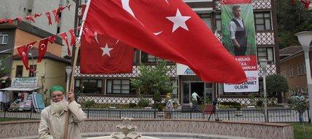 Tüm Türkiye'den Maçka'daki terör saldırısına tepki
