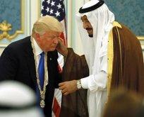 Kral Selman, ABD Başkanı Donald Trump'a nişan taktı