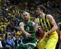Fenerbahçe Final Foura yükseldi