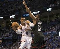 Westbrook yıldızlaştı Oklahoma kazandı