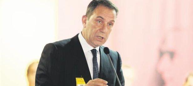 Adnan Öztürk: Özbek oldu bitti yapıyor