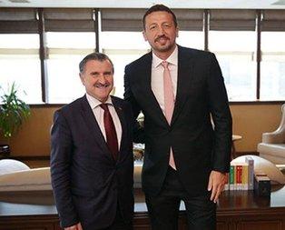 Hidayet Türkoğlu'ndan Bakan Bak'a ziyaret