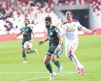 Sivasspor'un golcüsü Gekas sezonu kapattı