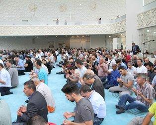 Almanyadaki camileri FETÖye verecekler!