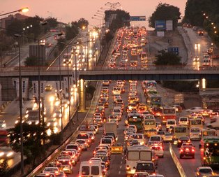 Trafik sigortalarına tavan fiyat geliyor!