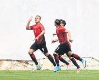 Genç yıldızlar Hırvat engelini 4 golle geçti