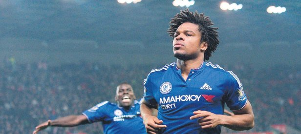 Yeni hedef Loic Remy