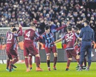 Trabzonspor 2017'de farklı