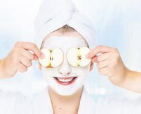 Kuru ciltlere elma maskesi