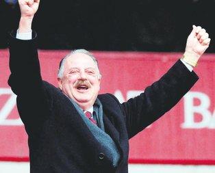 Güle güle hayatını futbola adayan adam