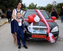 Bakan'ın makam aracı sünnet düğünü için süslendi