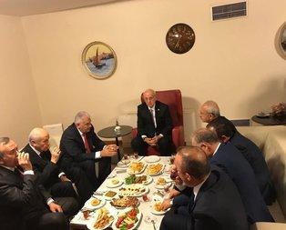 Liderler Mecliste bir araya geldi