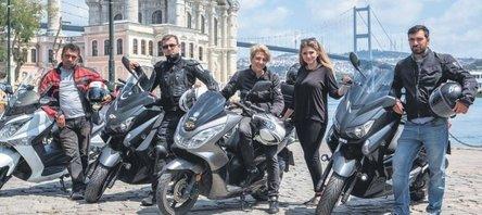 Motosiklet sürücüleri artık yolcu taşıyor!