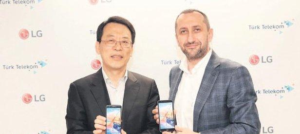 Telekom'dan 2 yeni akıllı cep